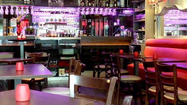La brasserie des thermes la luna restaurant italien for La lune salon