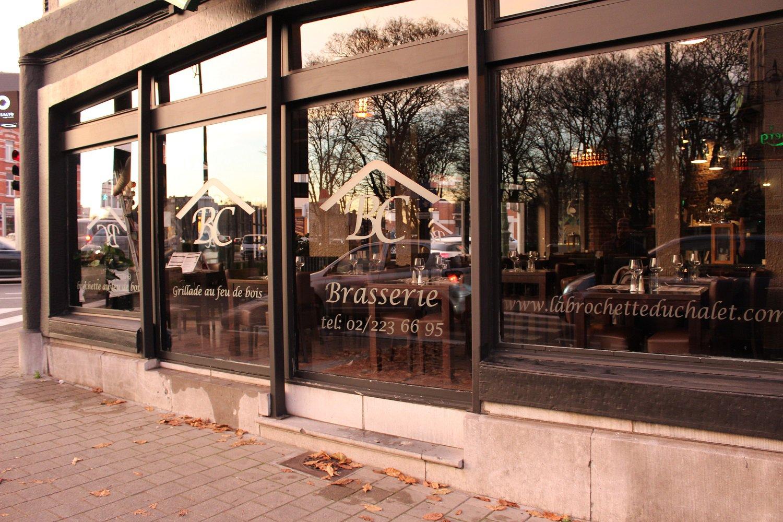 La brochette du chalet internationaal restaurant for 1083 3