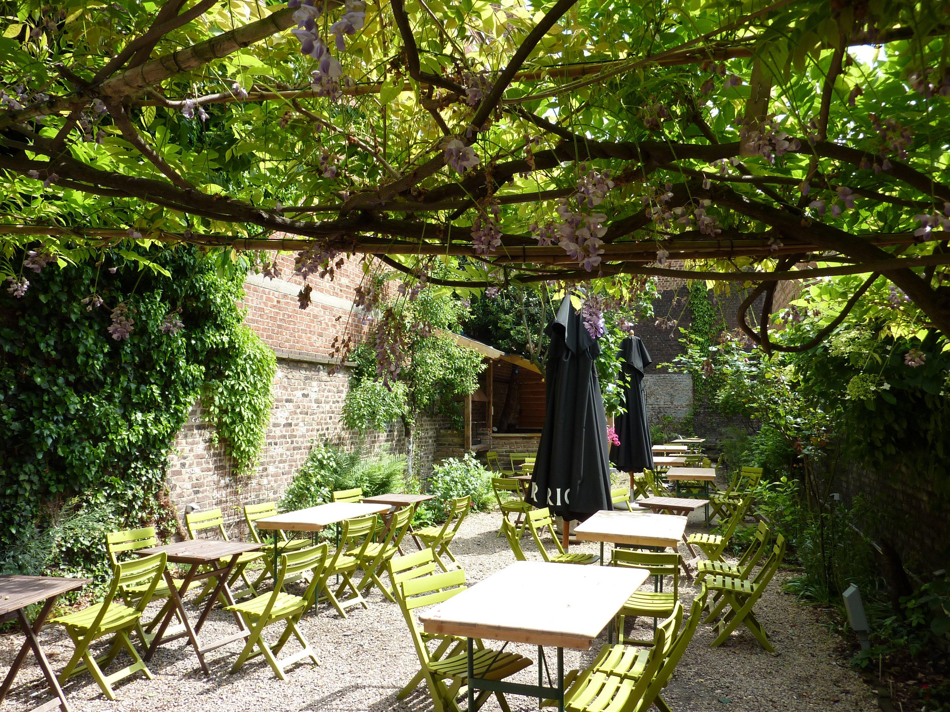 Cote cour cote jardin brasserie restaurant liege 4020 for Le jardin de caroline restaurant