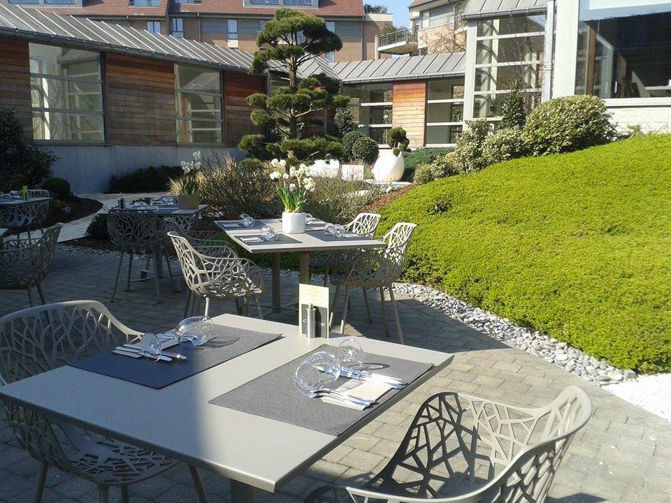 la cuisine au vert restaurant belge waterloo 1410. Black Bedroom Furniture Sets. Home Design Ideas