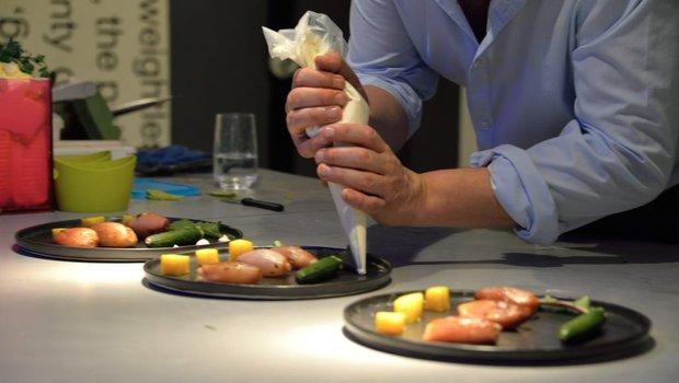 la cuisine du futur restaurant v g tarien liege 4000. Black Bedroom Furniture Sets. Home Design Ideas