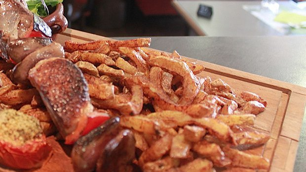 L 39 ispiens port restaurant tapas gaillac 81600 for Cuisine 81 gaillac