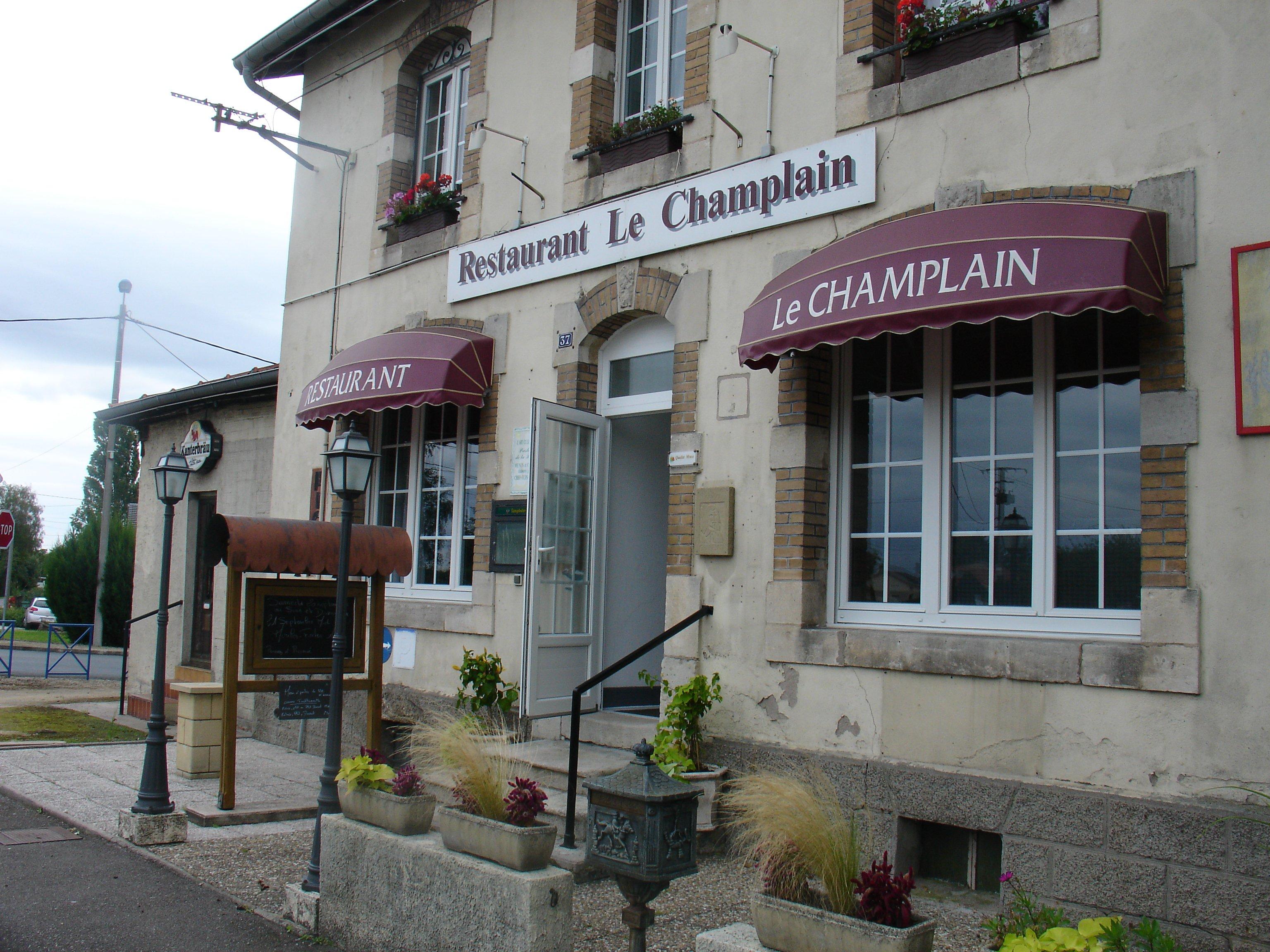 Le champlain ii restaurant fait maison fresnes en for Maison du luxembourg restaurant