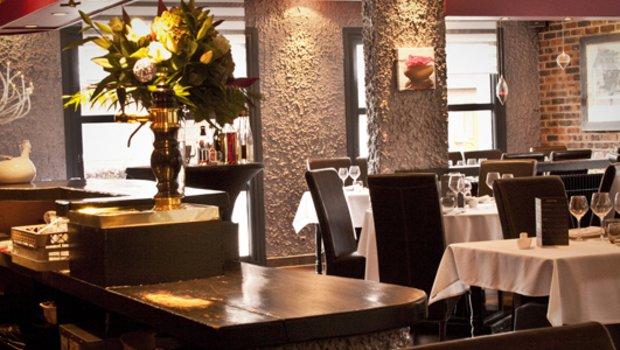les grillons restaurant cr ative neuville en ferrain 59960. Black Bedroom Furniture Sets. Home Design Ideas