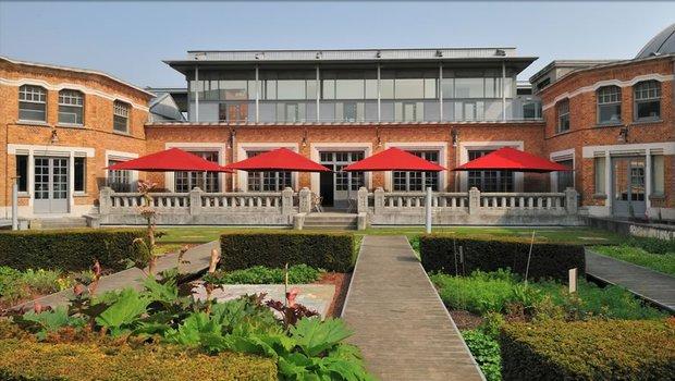 Meert la piscine regionaal restaurant roubaix 59100 for La piscine new york restaurant