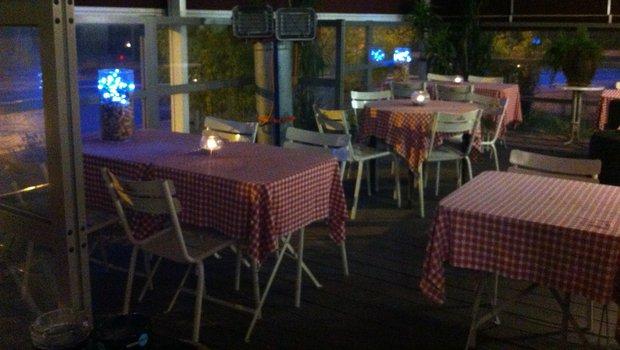 au bon coin restaurant de bistrot dunkerque 59140. Black Bedroom Furniture Sets. Home Design Ideas