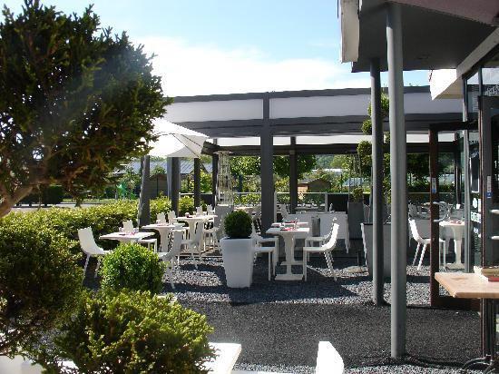 brochettes et compagnie restaurant du march jouy aux arches 57130. Black Bedroom Furniture Sets. Home Design Ideas