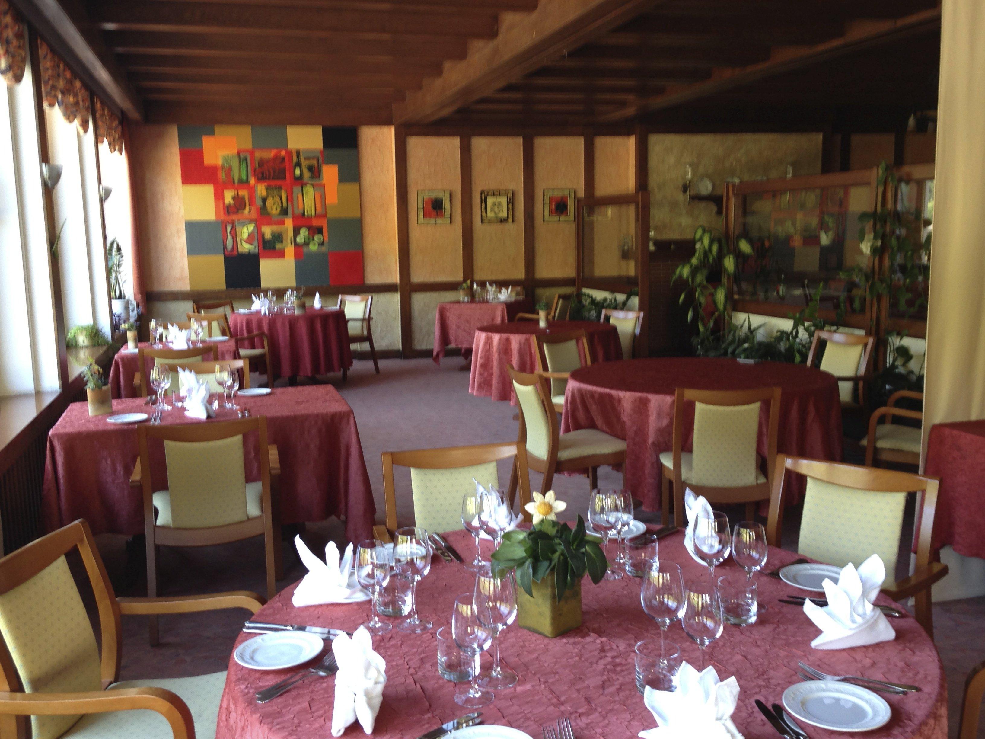 Chalet de la moselle restaurant fran aise machtum 6841 for Yankey cuisine africaine a volonte