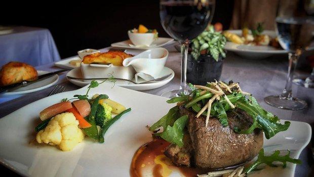 Centser roud haus restaurant gastronomique luxembourg 2630 - Chef de cuisine luxembourg ...